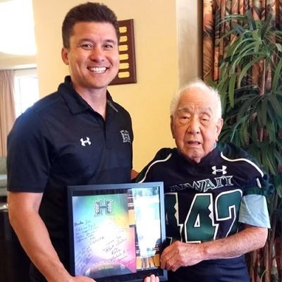 442nd veteran Yamakawa supports UH Athletics